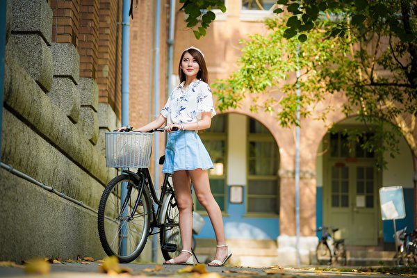 asian_bokeh_pose_bicycle_brown_haired_legs_574828_600x400